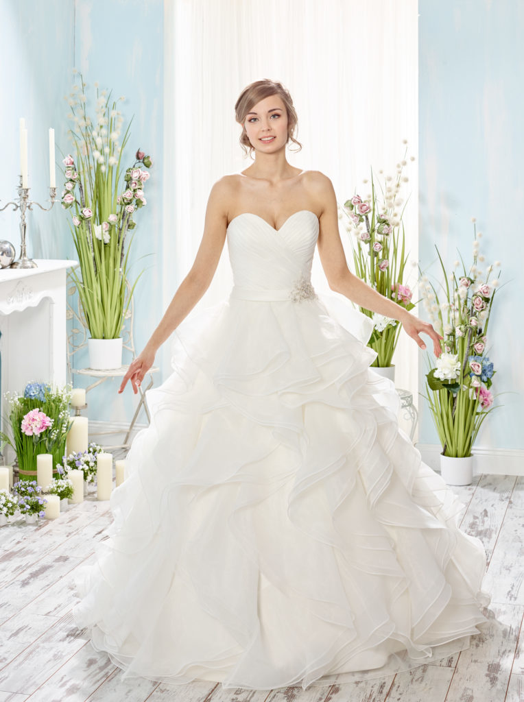 Fabulous Diane Legrand - Honeymoonshop #DQ33