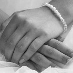 drks-amor-bracelet-8-on-hand1_