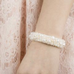 drks-royal-felt-alexia-armband-on-model
