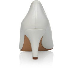 Beautiful Lady Ivory Leather Look 5