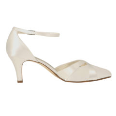 Coconut Ice Ivory Satin 2