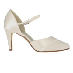 Passionberry Ivory Satin 2