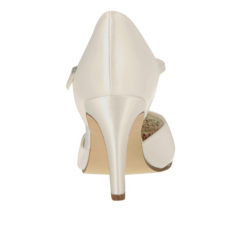 Passionberry Ivory Satin 4
