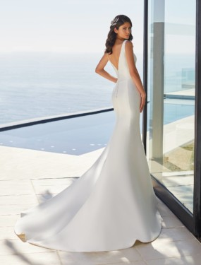 Trouwjurk June Pronovias